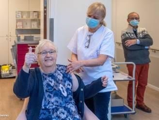 """Clemence (88) en 113 andere bewoners woonzorgcentrum Sint-Job krijgen vaccin: """"Ik heb geen minuut getwijfeld"""""""