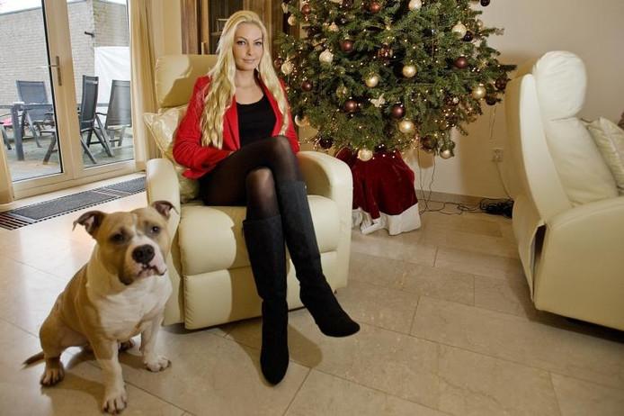 Nadine van Soest en haar hond King.