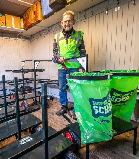Piet Michiels uit Reusel is verslaafd aan zwerfafval