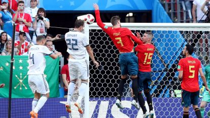 Penalty of niet na handsbal Piqué? De beste Belgische ref is onverbiddelijk in zijn oordeel