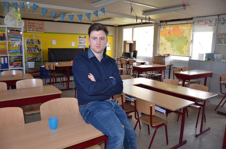 Leerkracht Bart De Maesschalck zal morgen voor de eerste keer in zijn vijf jaar voor de klas staken.