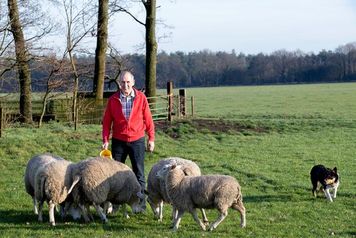 Hans van Middelaar uit Sterksel, erelid van de Bedrijfshulp en zelf ook boer.