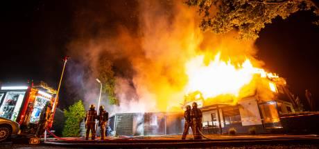 Restaurant De Rietstulp in Oene volledig verwoest door grote brand