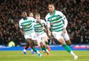 Celtic-spits Christopher Jullien juicht na zijn goal.