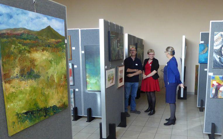 Deze kunstwerken werden verkocht ten voordele van LUS vzw.