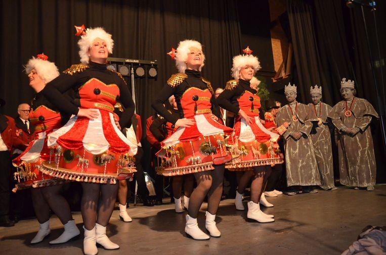 'De Mottige Mirza's, de winnaars van Driekoningen dit jaar in Denderhoutem.