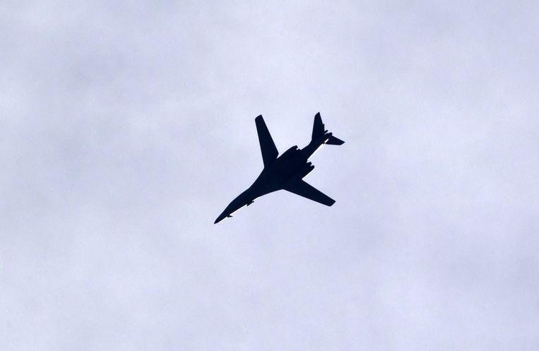 Een Amerikaanse B-1-bommenwerper zaterdag in actie boven Kobani. Beeld ap