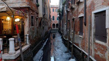 Op en neer: van extreem hoog waterpeil naar droge kanalen in Venetië