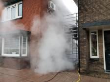 Reinigen gevel met stoom wordt aangezien voor brand in Hengelo