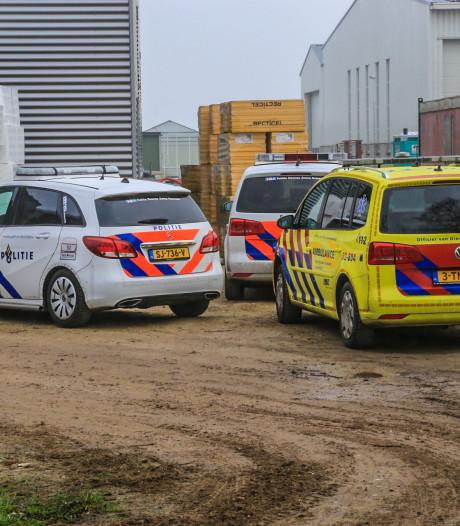 Bouwvakker ernstig gewond na val van grote hoogte bij Aldenzee RVS in Heusden