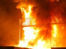 Uitslaande brand in appartementencomplex in Oss, geen slachtoffers