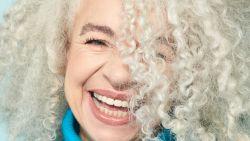 5 dingen die je nog niet wist over grijze haren