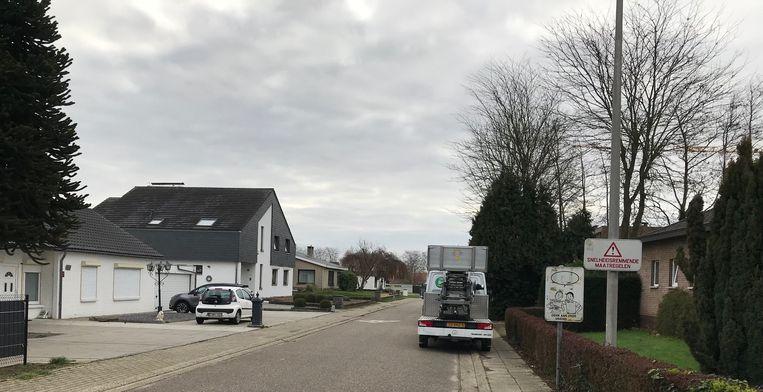 Kriskras parkeren maakt de wijk onoverzichtelijk