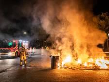 Drukke nacht voor brandweer in Houten: kliko's en auto in brand