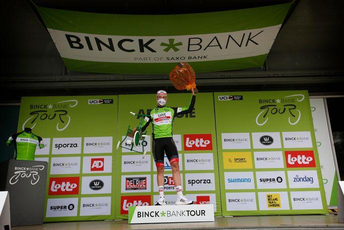 Gisteren won Jasper Philipsen de openingsrit in Ardooie.
