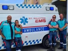 Nederlands ambulancepersoneel gunt collega's op Sint Maarten 'orkaanvrij': via het casino naar de patiënt