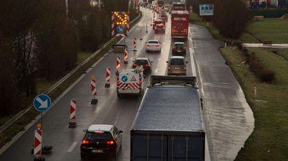 Vrachtwagens duiken overal op
