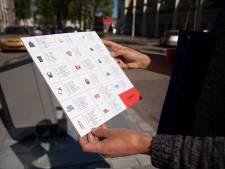 Bewoners Blaarthem krijgen uitleg over afval in het Russisch, Hindi en Chinees