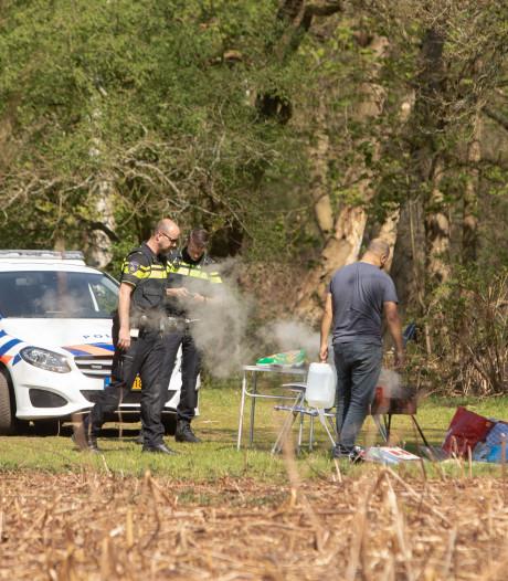 Ondanks verbod toch barbecueën in Soestduinen: politie grijpt in