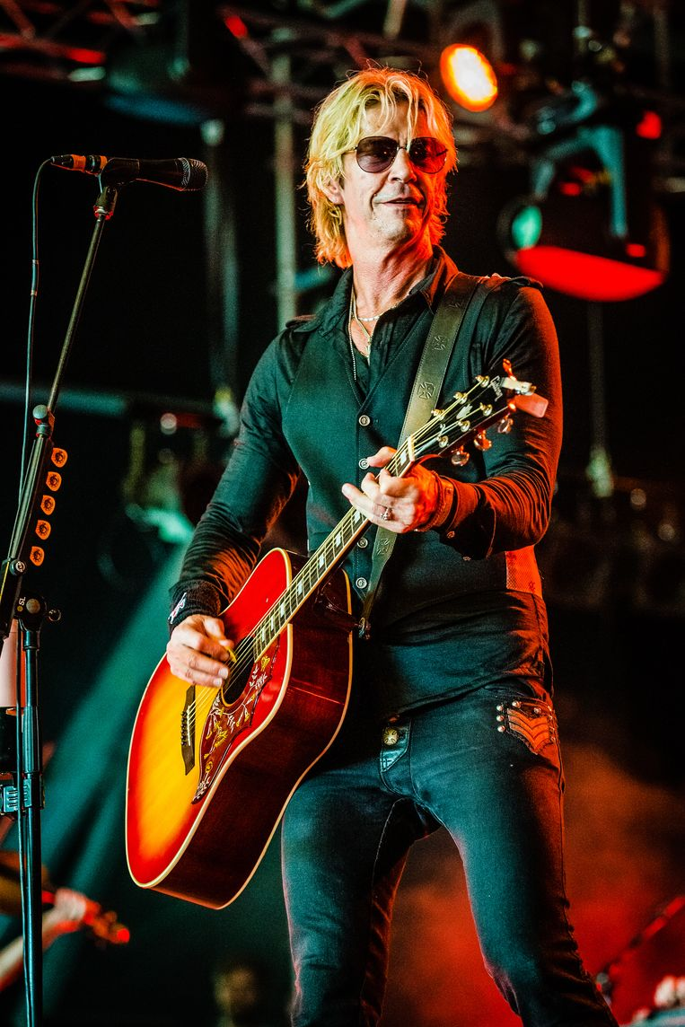 Duff McKagan maakt indruk met een steengoede band. Beeld null
