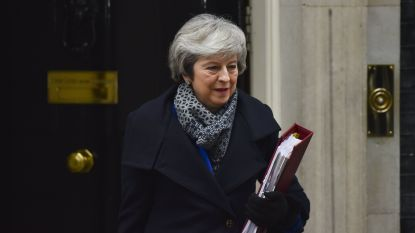 LIVE. Theresa May stelt 'plan B' voor in Britse Lagerhuis
