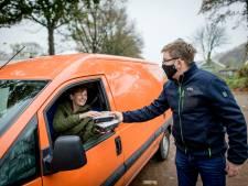De kas spekken met stevige soep, Sportclub Haarlo hoopt liters te verkopen met een soep drive thru