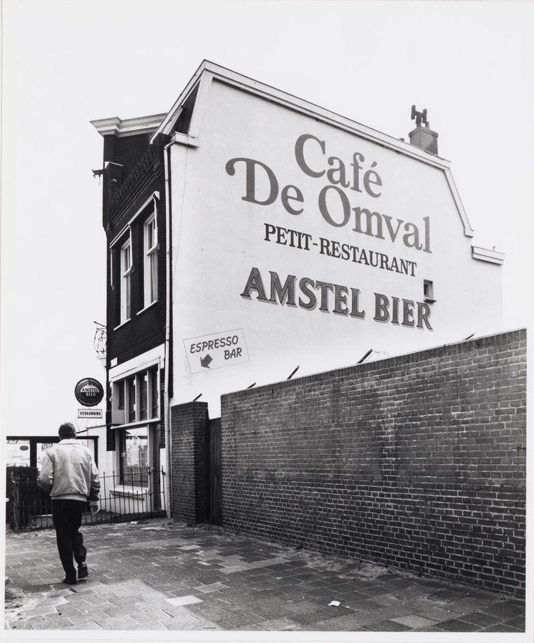 Café De Omval in 1987.  Beeld Stadsarchief Amsterdam