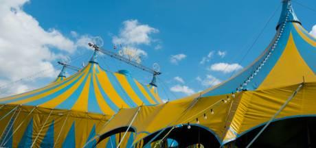 Kringloopwinkel koopt alle kaartjes op van circus Renz in Asten