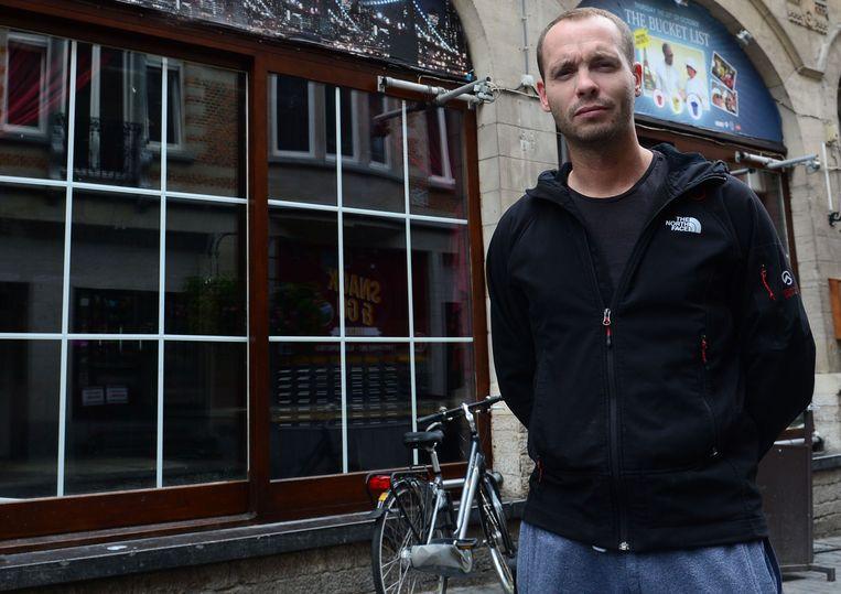 Cafébaas Igor Van Driessche wil het debat over het sluitingsuur opnieuw lanceren.