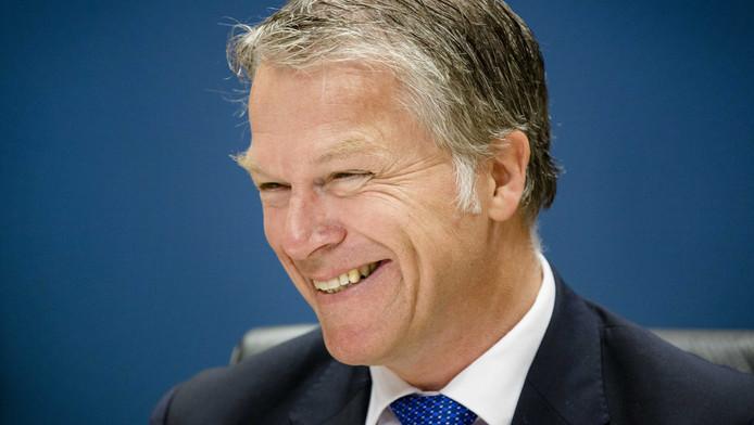 Bij de onderhandelingen met de corporaties moest Bos zijn collega Vogelaar geregeld bijspringen, vertelde hij.