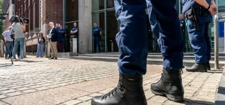 Bossche boa's willen wapenstok niet inleveren: 'Nu heb ik alleen nog m'n zakdoek om me te verdedigen'