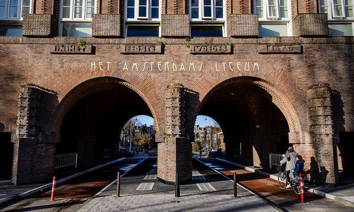 Exterieur van het Amsterdams Lyceum.