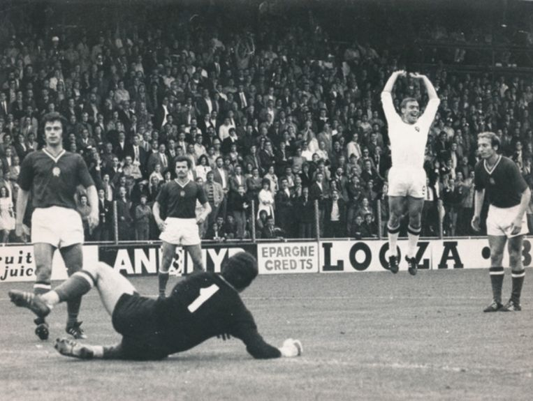 In eigen land wordt België derde op het 1972. Raoul Lambert en Paul Van Himst bezorgen België de 2-1 zege tegen Hongarije.