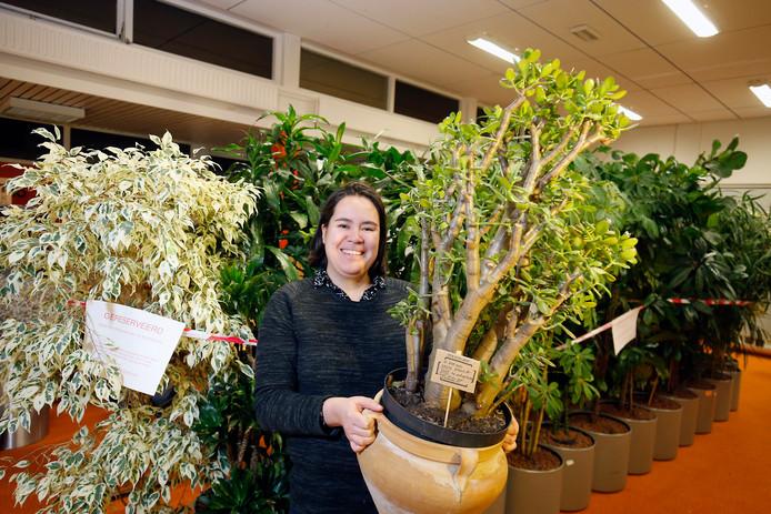 Mai Linh met de bijzondere geldboom.