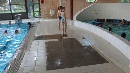 Losgekomen vloertegels zwembad niet voor eind 2019 hersteld