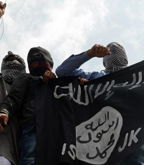 'IS doodde zevenhonderd gevangenen in twee maanden'