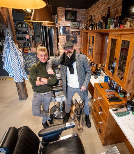 Bij kapper Joop uit Rijssen gaat het net even anders: 'Noem het eigenwijs'