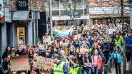 Video: 1.500 klimaatbetogers verzamelen op Dusartplein