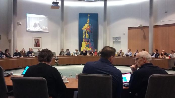 De gemeenteraad van Kampen krijgt uitleg over de financiële gevolgen van bypassdorp Reeve.
