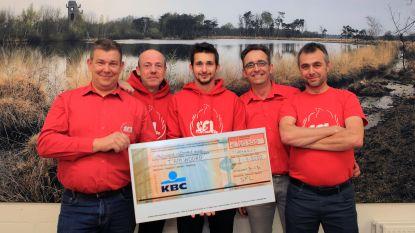 """Schorvoort for Life schenkt 20.500 euro aan T'ANtWOORD: """"Voor uitbouw buurtrestaurant"""""""