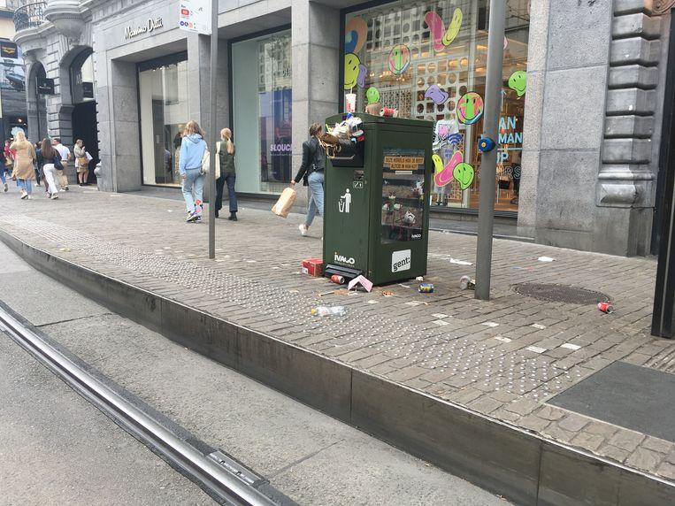 Veel volk? Gegarandeerd overvolle vuilnisbakken.