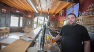 """Cafébaas Stijn wil af van sluitingsuur en verbod op tooghangen: """"We hebben al zoveel mislopen"""""""
