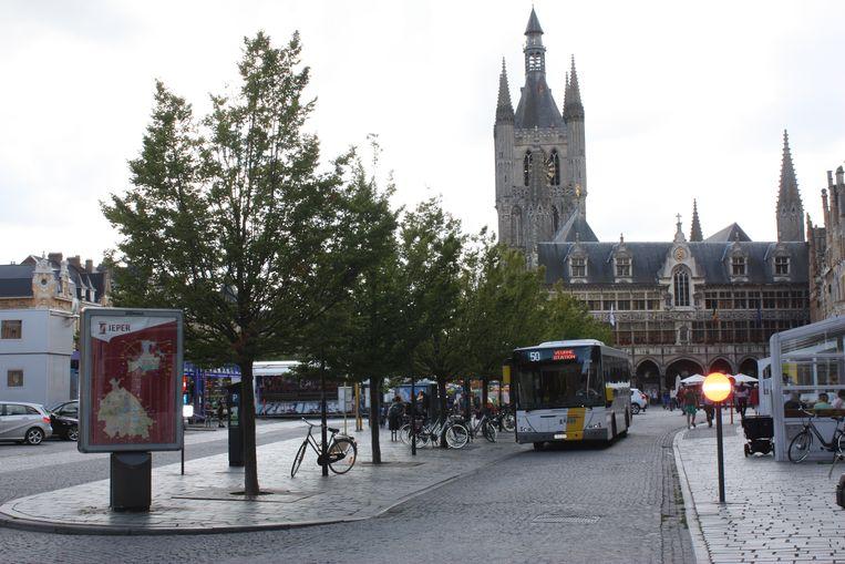 In de toekomst zullen er minder lijnbussen rijden in het centrum.