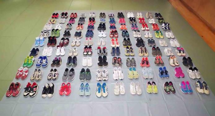 De gestolen sneakers