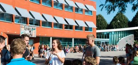 Ichthus College in Veenendaal week dicht door corona-uitbraak: 'Besmette leerlingen en personeel flink ziek'