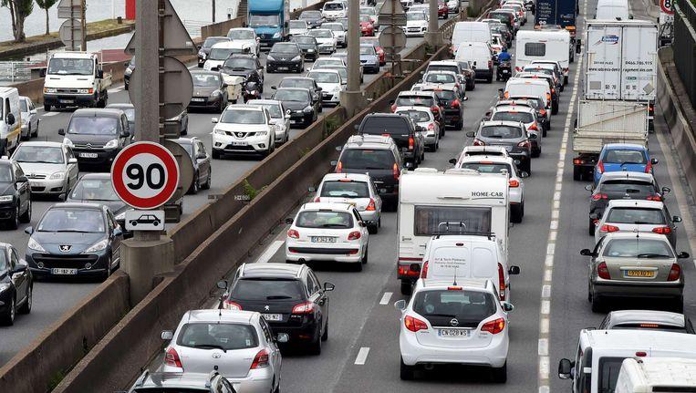 Met name op de A7 van Lyon naar Orange was het tussen Lyon en Vienne om 06.00 uur al druk. Beeld afp