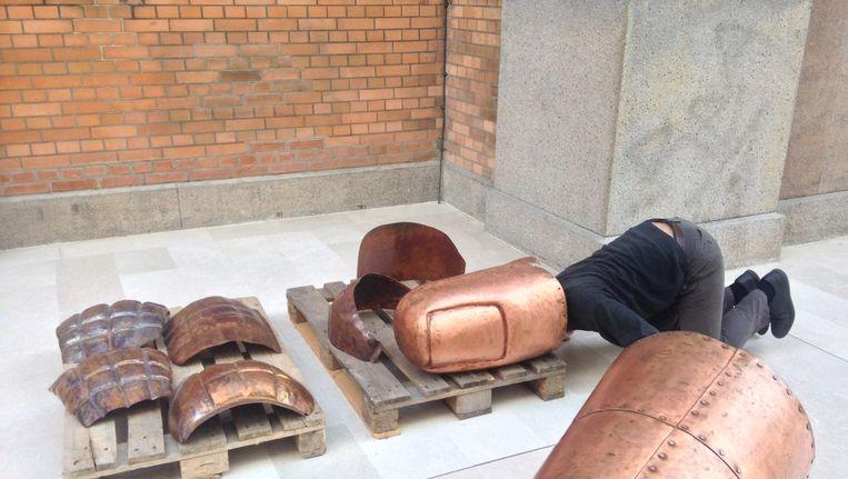 De installatie 'We the People' van Danh Vo, in 2013 in Denemakren Beeld Wikiemedia Commons / CC 3.0
