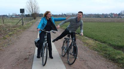 """Open Vld: """"Elkaar kruisen op smalle fietspaden is levensgevaarlijk"""""""