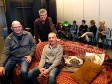 Waar zijn mannen voor toneel in Hooge Mierde?