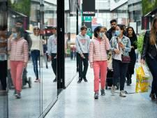 Geen mondkapjesplicht in winkels: klanten mogen zelf kiezen